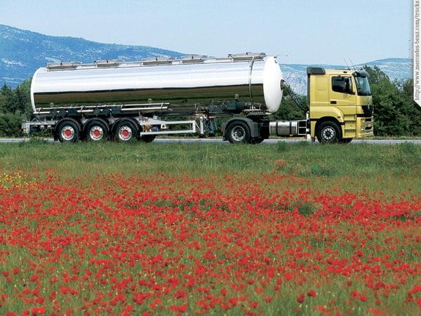 Доставка жидких, наливных грузов в автоцистернах термосах